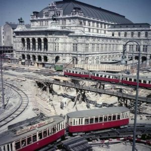 The Wiener Staatsoper in 1955 during construction of the Opernpassage (Archiv Österreichische Nationalbibliothek). Designed by Adolf Hoch,...
