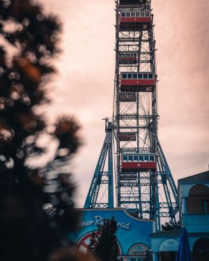 The amusement park Vienna Prater will soon awake from its slumber. We have ...