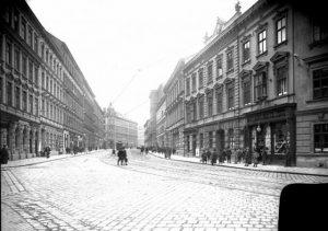 Jörgerstraße 36, 1905|2018. Blick in die Jörgerstraße (bis 1894 Alsbachstraße). Benannt ist sie nach dem niederösterreichischen Statthalter...