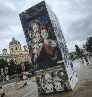 #wien #vienna #austria #österreich #igersvienna #igersaustria #kunst #kunstausstellung #jj #mq #museumsquartier #city #art #architecture MQ – MuseumsQuartier...