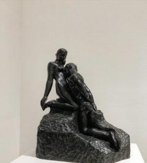 AUGUSTE RODIN, Das ewige Idol, Entwurf 1893, Guss 1971 #leopoldmuseum #sculpture #modernart #entwurf #augusterodin #lovers #intimacy Leopold...