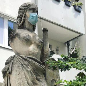 #sicheristsicher #schauaufdich #mask #wien #vienna #viennalife #wienstagram #covid19 #fashion #fashion2020 #statue