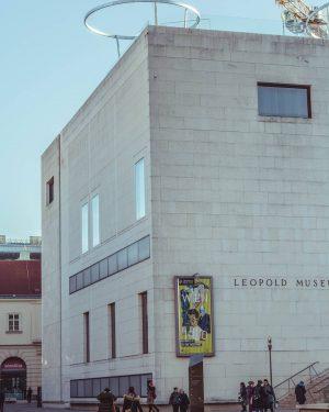 Leopold Museum #Vienna #Wien #austria #österreich #citytrip #cityview #citycaptures #roadtrip #architecture_hunter #architecture #museum #arthistory #architecture_view #leopoldmuseum Leopold...