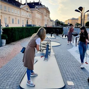 Good/girls/golf⛳ time MQ – MuseumsQuartier Wien
