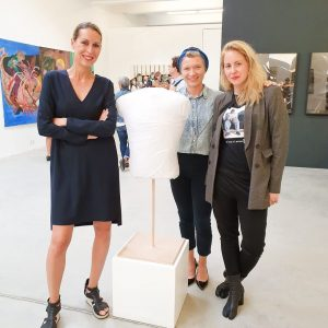 Best moral support and appriciation from this amazing #bosslady @johannachromik ❤️❤️❤️ #vitruvianman #sculpture #teresagrandits #textileart #galeriehilgernext #upcomingartist...