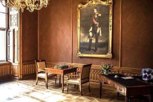 Wir wünschen einen guten Start in die neue Woche!😊 #palaiscoburg #hotelvienna #hotelinwien #luxuryhotel #luxushotel #wien #vienna #ersterbezirk...