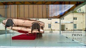 Die neue Ausstellung in der MQ Art Box ist fertig: TWINS by Roland ...