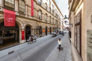 Wusstet ihr, dass die Herrengasse ohne Zweifel eine der ältesten Straßen Wiens ist? ...