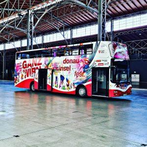 Der #dif20-Bus ist heute wieder auf Sommertour! Folgt unseren Stories und ladet euch die dabei!-App runter, dann...