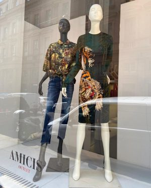 AMICIS outlet: DSQUARED2 out in the tropics edition %%% #amicisoutlet #viennashops #viennashopping #designeroutletvienna #viennaoutlet