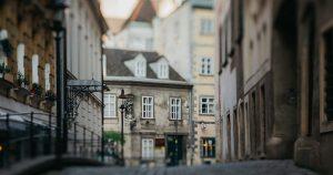 Ein Wiedersehen mit #Wien verspricht verborgene Schätze und neue Perspektiven: Der Spittelberg ist sicherlich eines der schönsten...
