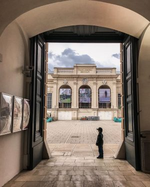Spotted: art enthusiast at such a young age. MQ – MuseumsQuartier Wien