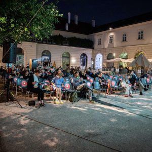 Bestes Wetter beim 3.Filmabend des Architektur.Film.Sommer 2020. Fotos: Pablo Leiva #sommerkino #architektur #wonderland ...