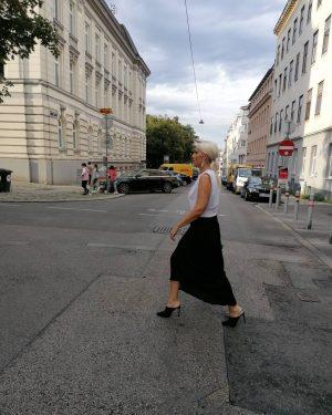 Vienna street's 🦓 #nofilter #streetstyle #streetphotography #beautifulplaces #beautiful #beautifuldestinations#streetlook #streetofvienna #streetfashion #look #fashion ...