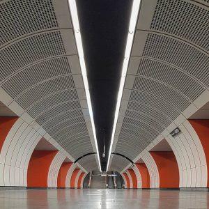 Vienna Underground Station Westbahnhof □■□■□■□■□■□■□■□■□■ #igersvienna #wienerlinien ##wien_love #subway #underground_enthusiasts ##kings_transports #rustlord_transportz #westbahnhof #urbanjungle #vanishthatpoint #shotsofresh #ig_ometry...
