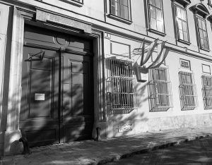 🎵🇦🇹 Ludwing van Beethoven fue compositor romántico alemán. Residió en Pasqualatihaus, Viena, donde ...