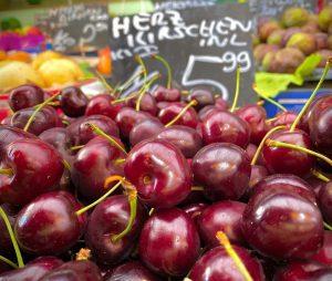 #inländische #herzkirschen #frisch #süß #naschmarkt Naschmarkt
