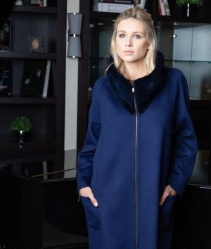 MOHAROS Mod. Nicole in Blue-Black reversible 💙🖤 💯 % cashmere double face! Handmade ...