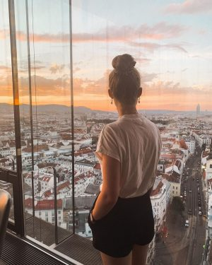 Being thankful 🌅 #lisahflVIE @kerstinhoeglinger SO/ VIENNA