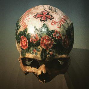 💀💀💀 #skull #decoratedskull #skeleton #bones NhM Naturhistorisches Museum Wien