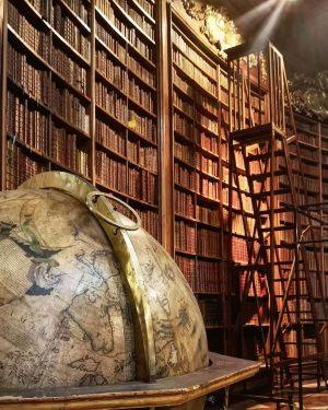 #vienna #travel #unitedviewpointofagab #podroze #austria #oesterreich #hofburg #library Österreichische Nationalbibliothek
