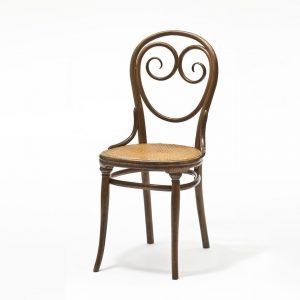🪑 Heute letzte Chance! Die Ausstellung BUGHOLZ, VIELSCHICHTIG. Thonet und das moderne Möbeldesign ...