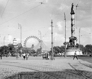 Bald sind 100 Jahre vergangen seit Entstehung dieser Aufnahme. Der Praterstern hier abgelichtet im Jahr 1922 (Foto:...