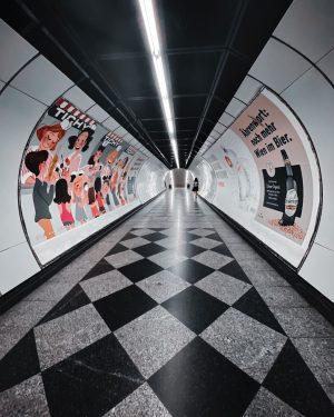 📍#enkplatz Die #u3 Station wurde im Jahre 2000 eröffnet - Namensgeber war der Schriftsteller Michael Leopold Enk...