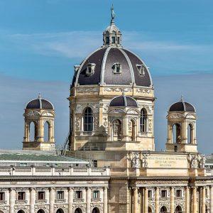Naturhistorisches Museum Wien von der Libelle im Museumsquartier aus gesehen #wien🇦🇹 #wien #wienliebe #vienna_city #viennaaustria #trip #rolitpics...
