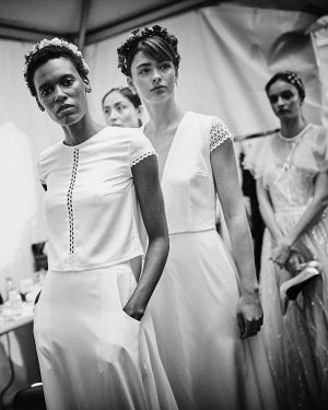 Few minutes in backstage @schopinski @mqviennafashionweek #mqvfw #schopinski #backstage #fashion #vienna #austria #europe #model #modeling #bw #bwphotography...