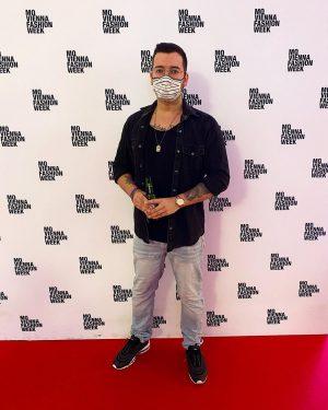 Modekollektion kommt 👌🏼 #me #museumsquartier #mq #fashion #fashionweek #mqfashionweek #airmax97 #nike #saturdayvibes #inked #ink #tattoo #tattooed #vienna...