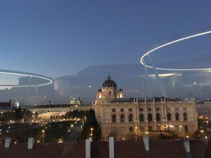 #Libelle #MQlibellw #mq #khm #aussicht #wienereleganz #sunset #sonnenuntergang #wienerfestwochen #cityguidevienna. #wien #vienna #austria
