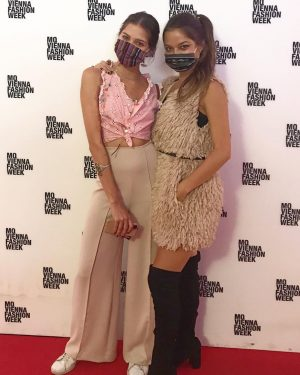 Wearing our Kutz.IT masks at the Vienna Fashion Week🤩 #keepprotected #coronatime #amazingshow MQ ...