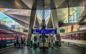 Hauptbahnhof, Wien #vienna #wien #österreich #austria #viennaisdifferent #wienistanders #meinwien #viennaisdifferent #wienmeinestadt #viennaNow #viennagoforit ...