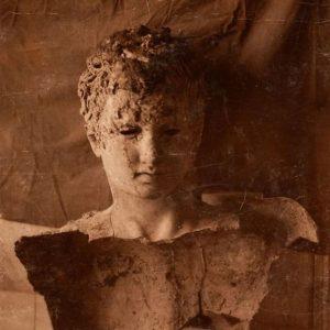 TR / EN Bir atleti (Apoxyomenos) betimleyen bronz heykel. 192 cm yüksekliğinde. Roma kültürü, MS 1. yüzyıl....