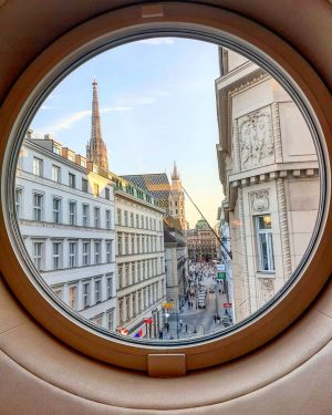 City Trip Vienna 📷 . . . . . . #wien #vienna #vienna_city #austria #streetart #streetstyle #adventureculture...
