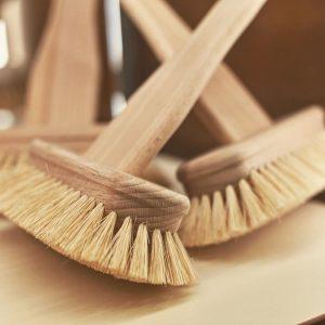 Mit unserer Spezialbürste könnt ihr eure Badewanne besonders einfach und gründlich reinigen! Kommt vorbei und spürt wie...