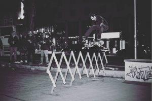 #AdrianJudt in Aktion. Der #Skateboarder und Architekt führt nächsten Freitag 25.09. gemeinsam mit ...