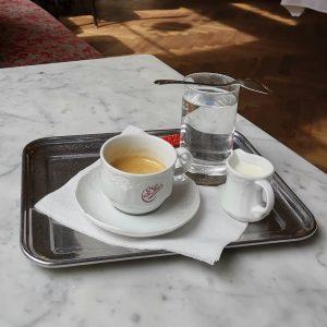 #espressobreak #coffeehouse #kaffeehaus #wienerkaffeehaus #cafesperl #cafésperl #vienn #wien #alreadycompletelyovercaffeinated Café Sperl