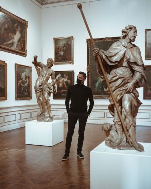 Первый раз в жизни побывал в художественном музее, да ещё и сразу в галерее Бельведер!) Здесь собрана...