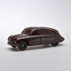 🤩 Über Jahrzehnte hinweg beschäftigte sich Georg Kargl mit Bakelit. Seine Sammlung, die ...