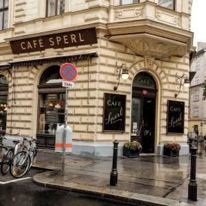 Café Sperl in Wien 💘☕ . . . . #cafesperl #cafesperlwien #wienners #wienstagram #wienliebe❤ #viennagram #vienna_city😍🥨 #austria🇦🇹...
