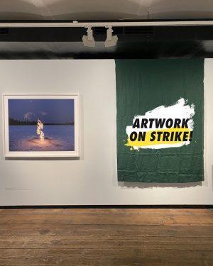 Artwork On Strike 🖼📢 Wir lassen heute anlässlich des weltweiten Klimastreiks ein Kunstwerk in unserer Ausstellung NACH...