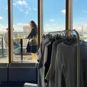 Shop Up @shop____up Endstation Parallel Vienna 2020 Take part in the raffle and win a @juls.vienna silk...