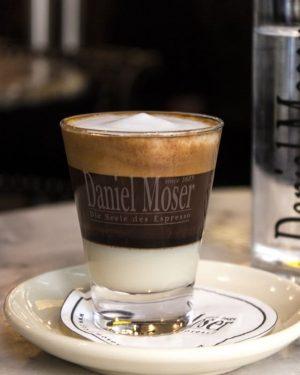 Kleiner Moser ganz groß! ☕️ . . #cafedanielmoser #cafevienna #kaffee #kaffeeliebe #viennacoffee #1010wien ...