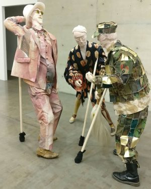 Hanging out with the boyz at #kunsthallewien … von Brot, Wein, Autos, Sicherheit und Frieden #kunsthallevienna Kunsthalle...