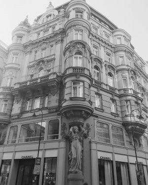Vienna 🇦🇹 #travel #vienna #traveling #Travelphotography #travelblogger #traveler #travelingram #traveltheworld #travelblog #travelphoto #travelpics ...
