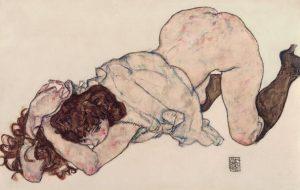 👨🎨Egon Schiele Kneeling Girl, Resting on Both Elbows 1917 #fotografía #instagoods #artesanal #obras #galleryartists #artista #pinturas #arte...