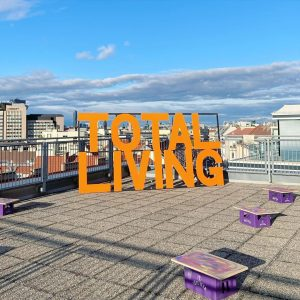 TOTAL LIVING by Marko Lulic #parallelvienna #parallelvienna2020 #totalliving #markolulic #contemporaryart #artfair #vienna Parallel ...