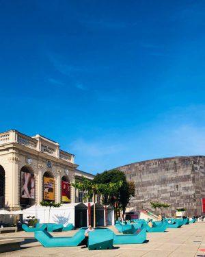 | dagewesen. nach langer Zeit mal wieder. MuseumsQuartier - es gilt als eines der weltweit größten Kunst-...